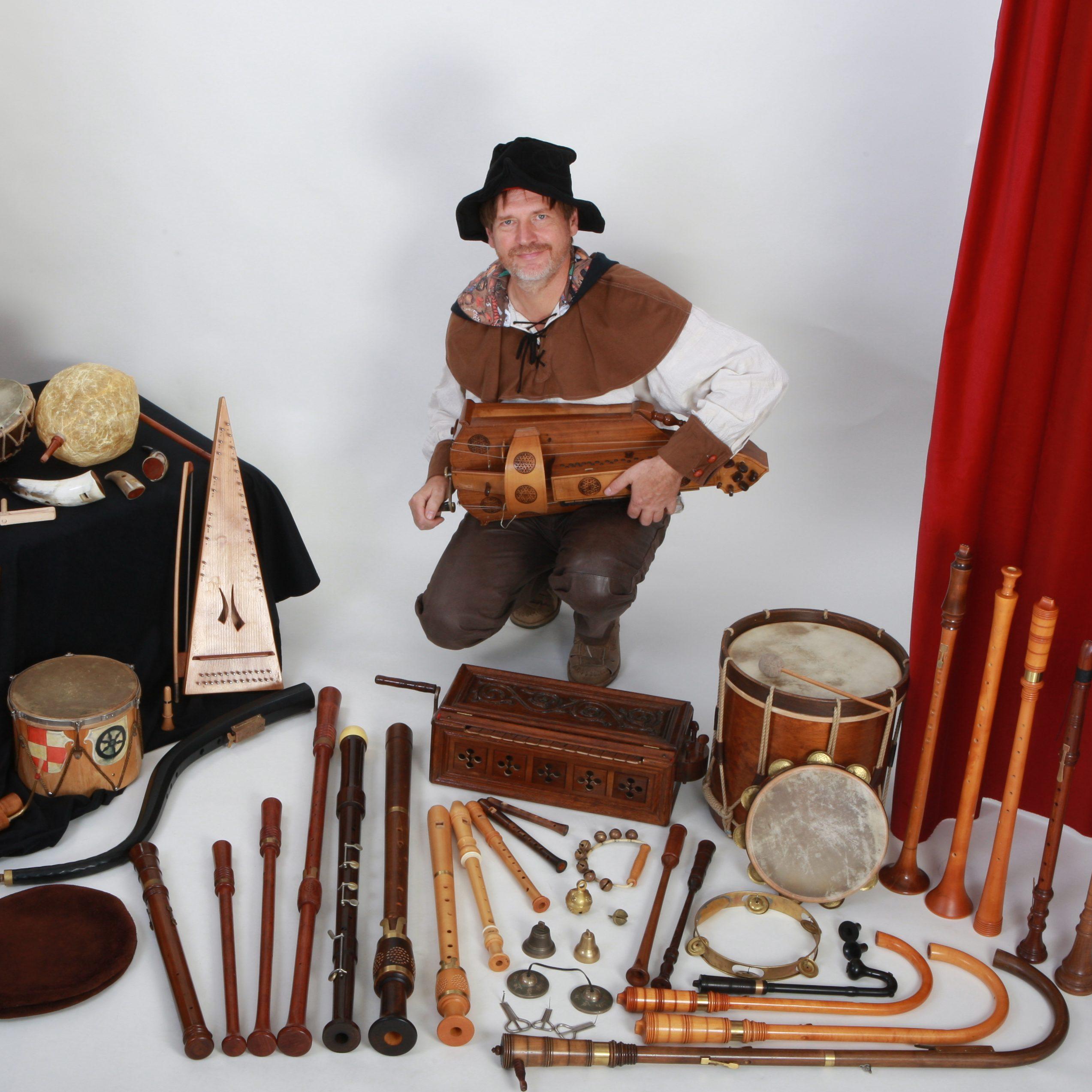 Max mit Instrumentarium